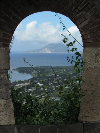 Grey's Island Excursions: View from Brimstone Fort