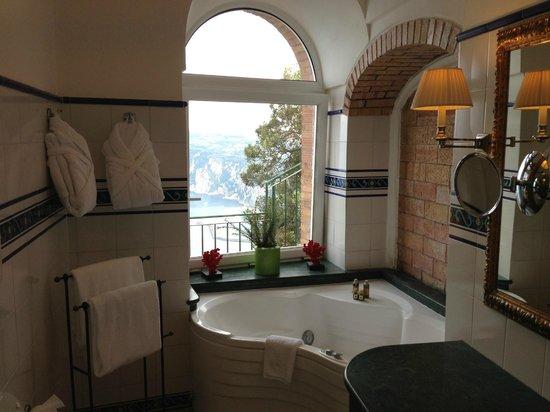 Caesar Augustus Hotel: Tiberius Suite Bathroom