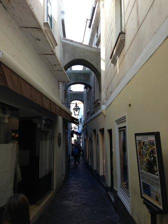 Caesar Augustus Hotel: Capri Steet