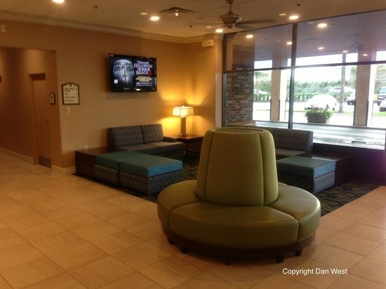 Rosen Inn International : Lobby