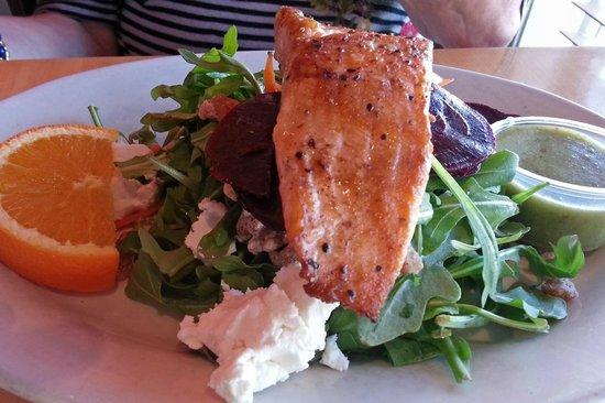 Five Loaves Cafe: Salmon on a Salad