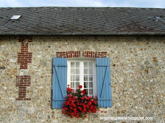La Ferme du Pressoir: Detalhe da parede da casa que ficamos