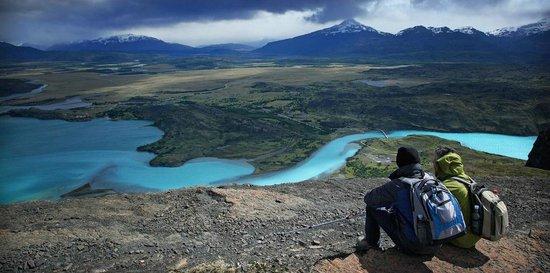 Las Torres Patagonia: Paine river...