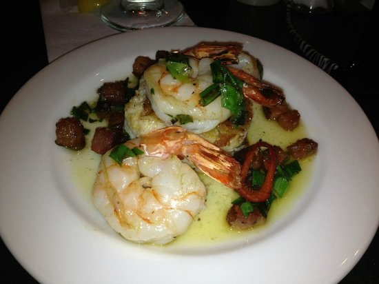 The Weathervane Restaurant: Shrimp and Grits