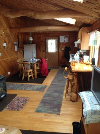 Josselyn's Getaway Log Cabins: Our beautiful destination