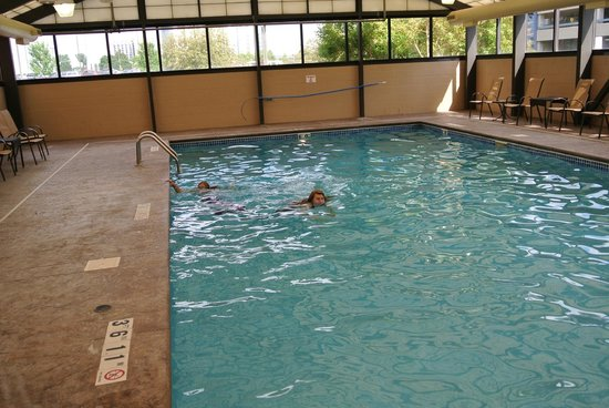 Hyatt Place Minneapolis Airport - South: Pool gets up to 6 feet deep. Never crowded.