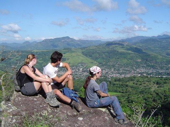 Matagalpa Spanish School: Hiking: Socio-cultural activities with students