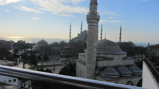 Ambassador Hotel: view from the terrace - Blue mosque