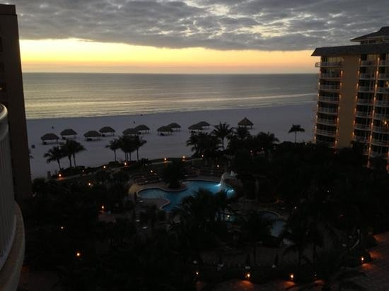 Marco Island Marriott Beach Resort, Golf Club & Spa: View from our room!