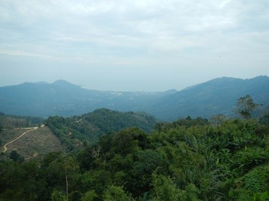 Samui Namuang ATV Park: view the top of the mountain looking at Lamai