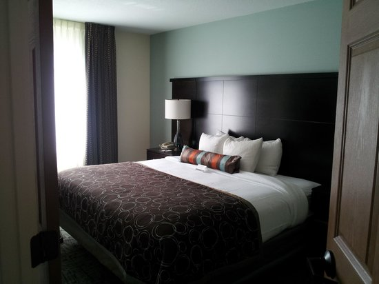 Staybridge Suites - Columbus / Dublin: Bedroom