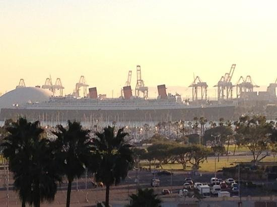 Courtyard by Marriott Long Beach Downtown:                   view of the Queen Mary from the 9th floor