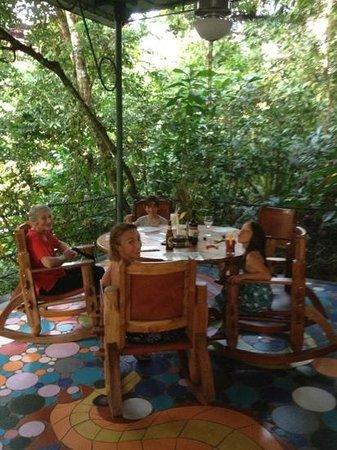 El Wagon:                   Family Place