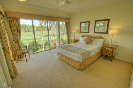 Paradise Links Resort Port Douglas: Any one for Golf