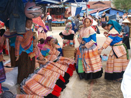 Bac Ha, Vietnam: looking for tribal clothings
