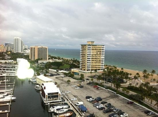 Bahia Mar Fort Lauderdale Beach - a Doubletree by Hilton Hotel: view from 1412