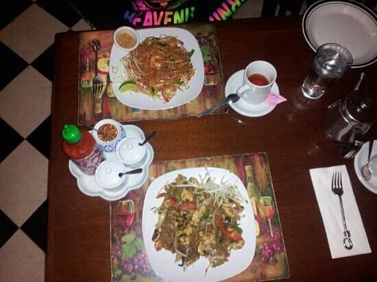 Asian Thai Bistro : front drunken noodles back pad Thai