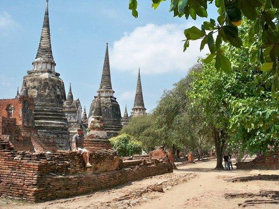 Wat Phra Si Sun Phet - Picture of Ayutthaya Historical ...