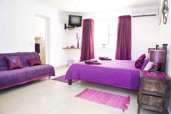 Cap Ou Pas Cap Guesthouse: lavender room