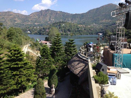 The Lake Village:                   View of the Lake / Himilayas