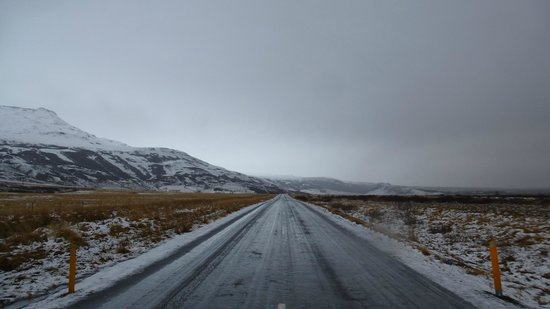 Iceland Aurora Photo Tours - Day Tours:                   icy road