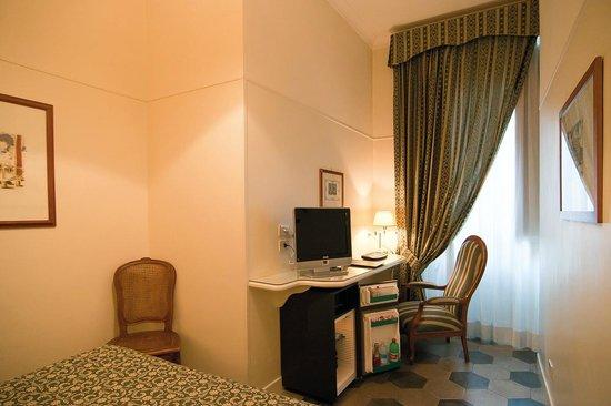 Hotel Fontanella Borghese : particolare