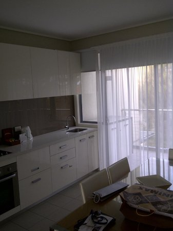 Silverwater Resort: Kitchen