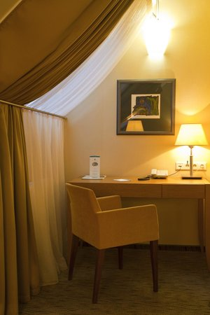 Mabre Residence Hotel: Guest room