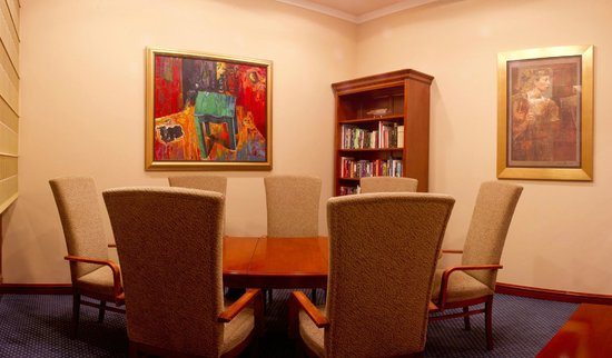 Best Western Premier Hotel Astoria: Library