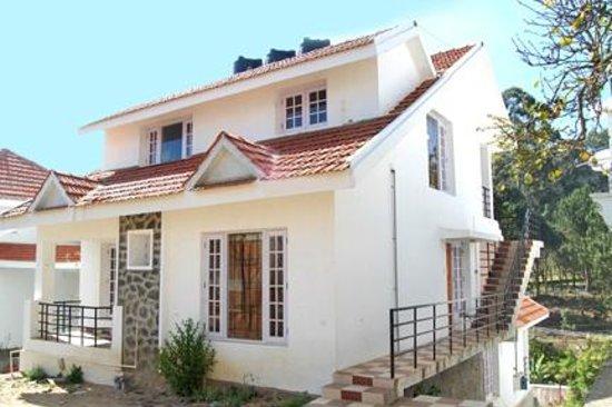 Van cottage reviews photos picton ontario b b tripadvisor for Kodaikanal cottage with swimming pool