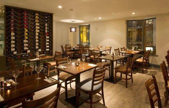 Cape Greko: Restaurant interior
