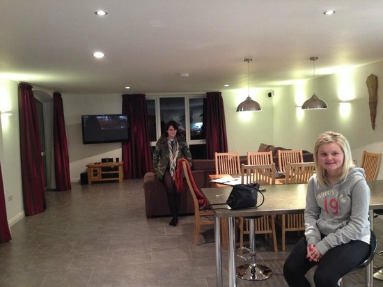 Morton of Pitmilly Countryside Resort:                   Dining to Lounge