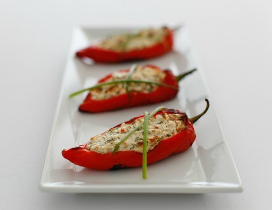 ‪فور سيزونز هوتل آند بيسترو: Roasted peppers stuffed with cheese‬