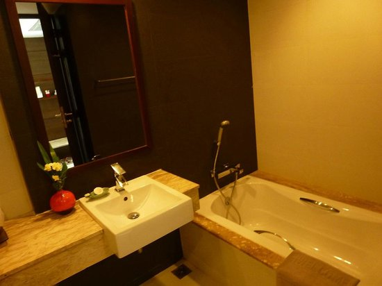 Aree Tara Resort: Bathroom