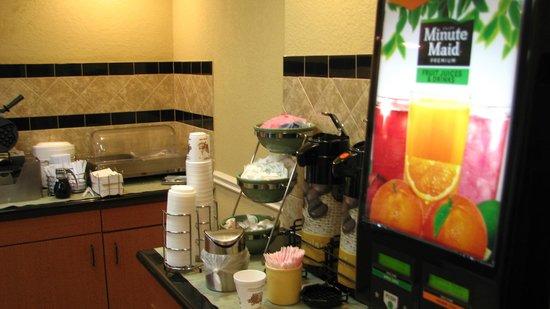 Quality Inn & Suites Reliant Park/Medical Center : Breakfest