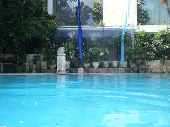 Bali Mystique Hotel and Apartments: One of the two swimming pools