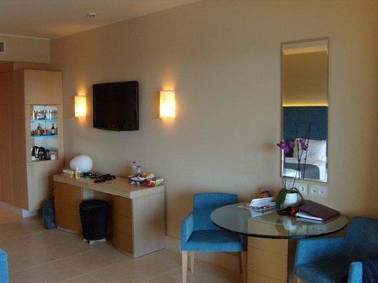 Daios Cove Luxury Resort & Villas: deel kamer