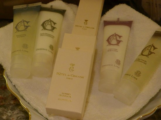 Hotel de Crillon:                   Great bath products