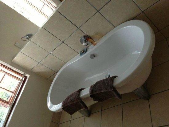 Stanley Island :                   Gorgeous bath
