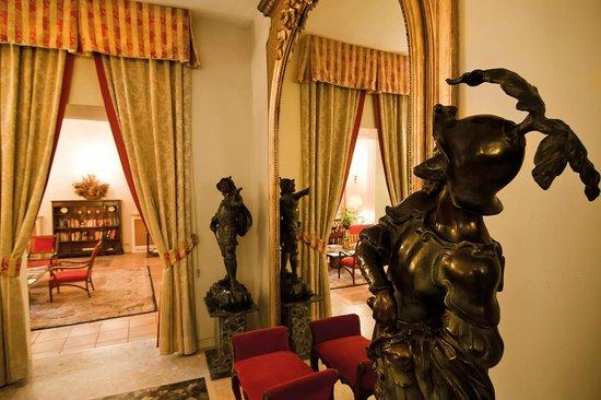 Hotel Due Torri: salotto