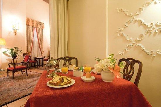 Hotel Due Torri: sala colazione