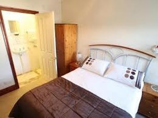 Dunvegan Guest House: Room2