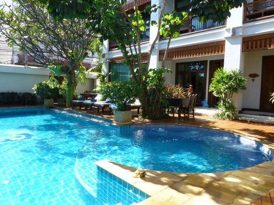 Sirilanna Hotel: Pool
