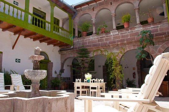 Interior courtyard   picture of ninos hotel, cusco   tripadvisor