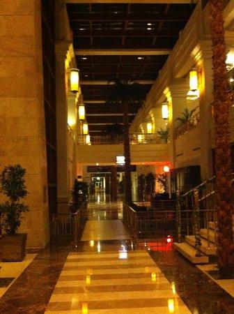 Rixos Premium Belek :                   Hotel lower lobby