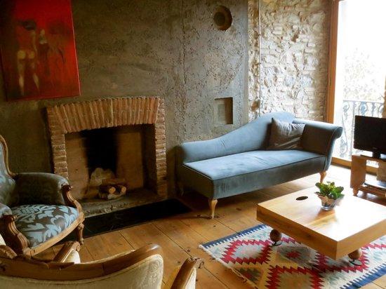 4Floors Istanbul: Floor 1 Livingroom