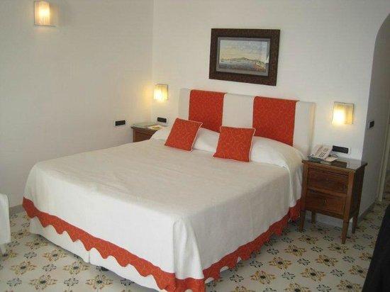 Santa Caterina Hotel: Cama