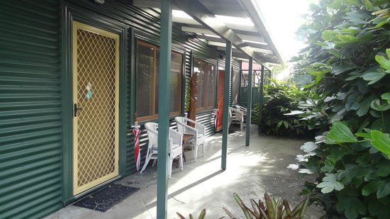 Great Ponsonby Arthotel: The verandah of our studio apartment