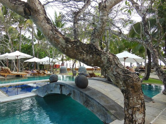 The Royal Beach Seminyak Bali - MGallery Collection: piscine