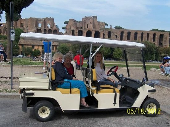 Rome by golf cart picture of gioia private tours trips for Narrow golf cart